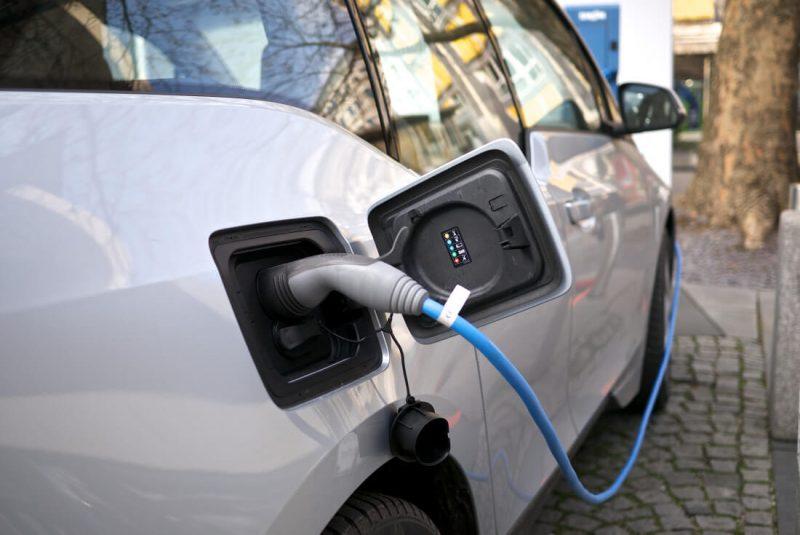 Carros EV con carga de supercapacitores