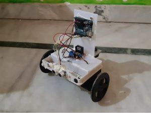 Robot evita obstaculos con Arduino e impresión 3D