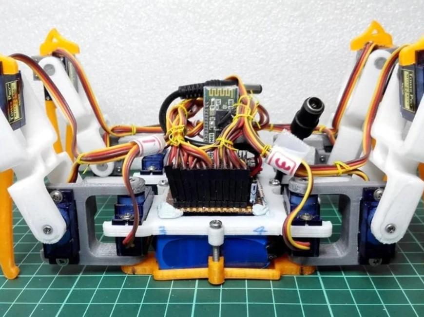 SPIDER ROBOT (QUAD ROBOT, QUADRUPED) BYREGISHSU