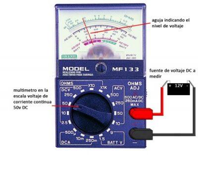 medicion de voltaje de cc con Multimetro analogico