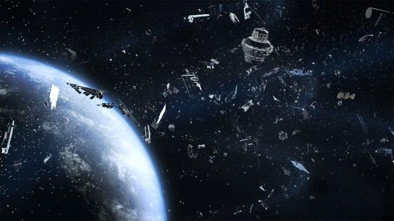 2025: Año de la primer misión de limpieza Espacial